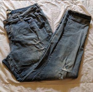 Torrid Skinny Distressed Light Wash Jeans - NWOT